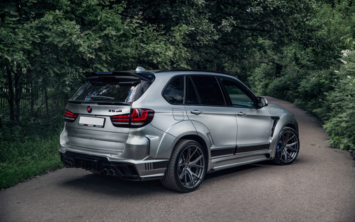 download wallpapers bmw x5 2018 a luxury silver suv. Black Bedroom Furniture Sets. Home Design Ideas