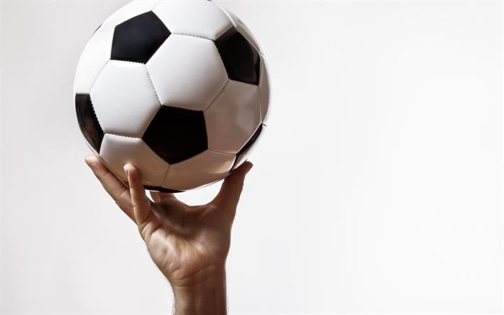 Fondos De Pantalla Fútbol Pelota Silueta Deporte: Descargar Fondos De Pantalla Balón De Fútbol En La Mano