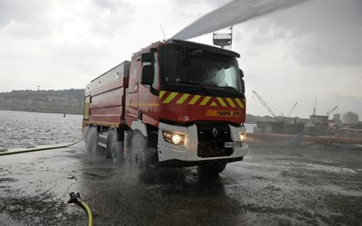 Renault Trucks, fire truck, special equipment, rescuers, Renault
