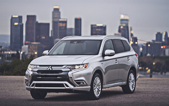 Mitsubishi Outlander PHEV, parking, 2019 cars, crossovers, 2019 Mitsubishi Outlander, japanese cars, Mitsubishi