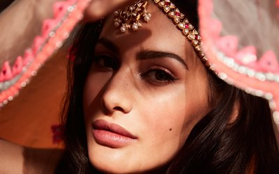 Amyra Dastur, indian actress, portrait, indian jewelry, bollywood, indian fashion model