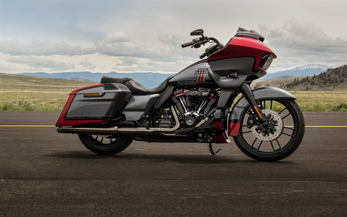 Harley-Davidson CVO Road Glide, side view, 2019 bikes, superbikes, classic motorcycles, american motorcycles, Harley-Davidson