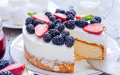 Cake, cream, pastries, strawberries, berries