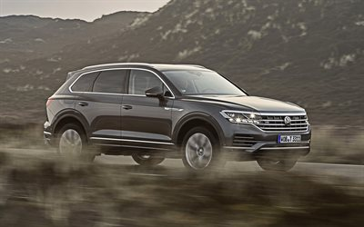 Volkswagen Touareg V8 TDI, 2019, front view, exterior, luxury SUV, new gray Touareg, German cars, Volkswagen