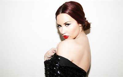 Demi Lovato, Portrait, American actress, make-up, black dress