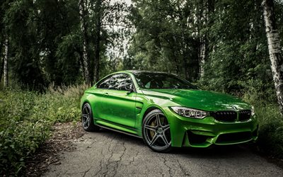 BMW M4, forest, 4k, 2018 cars, F82, supercars, green M4, BMW