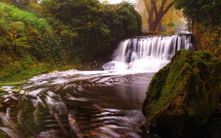 foto de Télécharger fonds d'écran chute d'eau à l'automne maison
