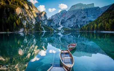 Lake Braies, 4k, italian landmarks, Dolomites, pier, mountain lake, mountains, Lago Di Braies, summer, beautiful nature, italian nature, South Tyrol, Italy, Europe