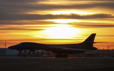rockwell b-1 lancer, b-1b, supersonic strategischer schwerer bomber, united states air force, abend, sonnenuntergang, militärflugplatz, us-militär-flugzeug, us air force