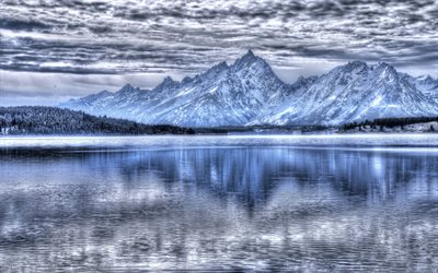 Teton National Park, mountain lake, winter, snow, mountain landscape, USA, Wyoming