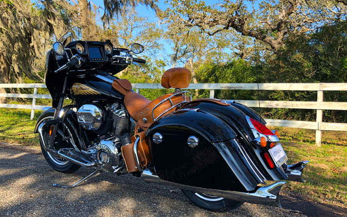 Download Wallpapers 4k, Indian Chieftain Classic, Road