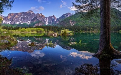 Fusine Lakes, mountain lake, glacial water, sunset, evening, mountain landscape, Julian Alps, Italy, Tarvisio, Laghi di Fusine