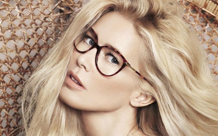 Kändisar Med Glasögon