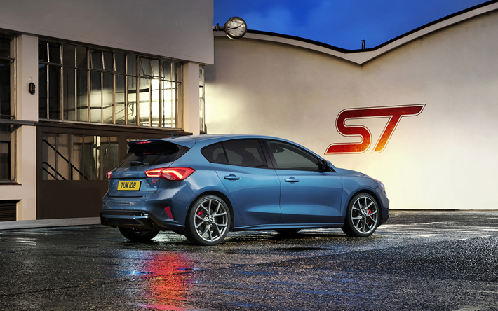 Download wallpapers Ford Focus ST, 2020, rear view, exterior