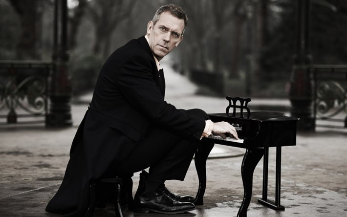 Hugh Laurie, photoshoot, portrait, English actor, Hugh Laurie with small piano, popular actors