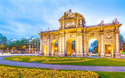 Puerta de Alcala, Plaza de la Independencia, Madrid, evening, sunset, beautiful square, Madrid landmark, Spain