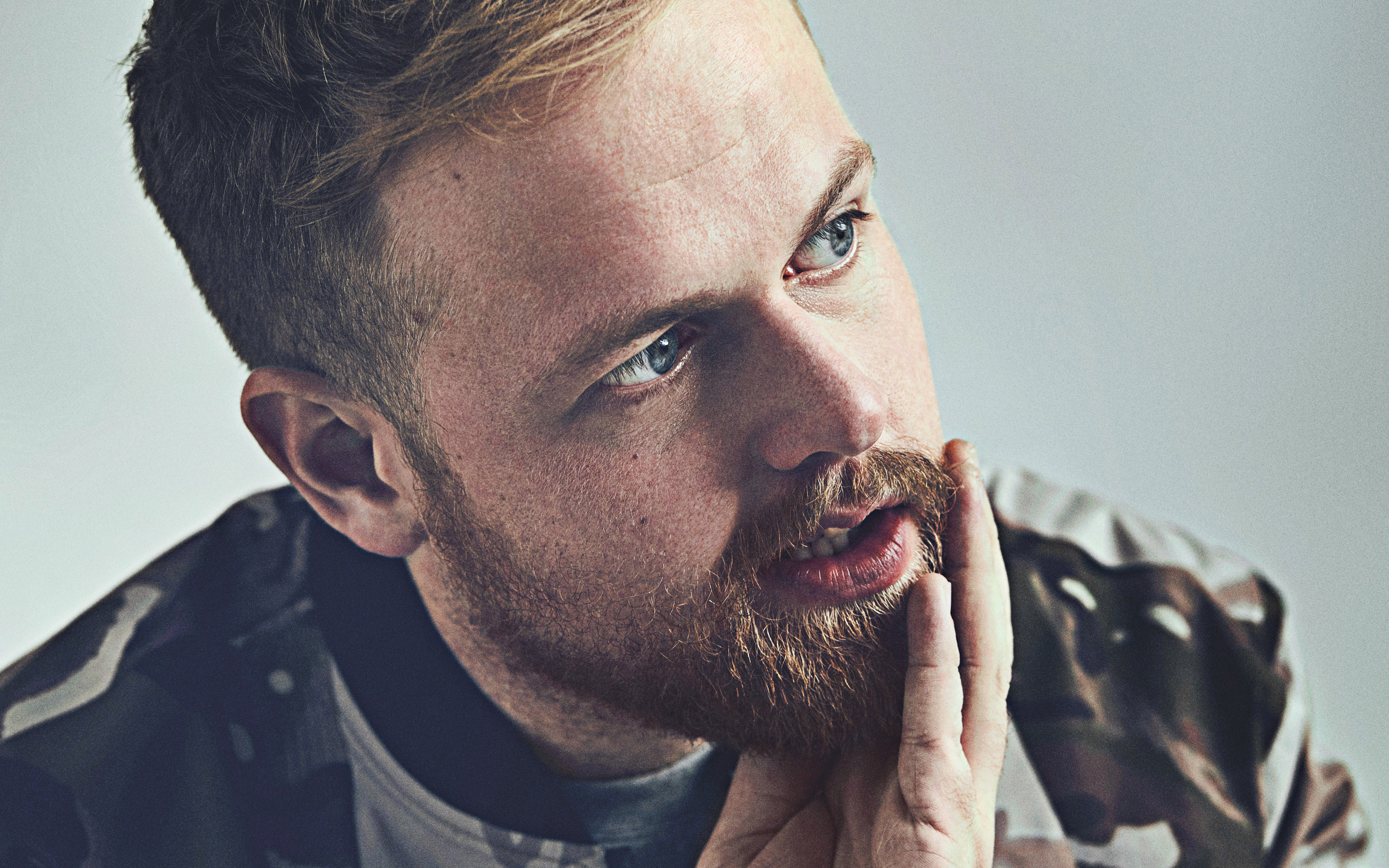 Tom Walker, british singer, portrait, photoshoot, british star, famous singers