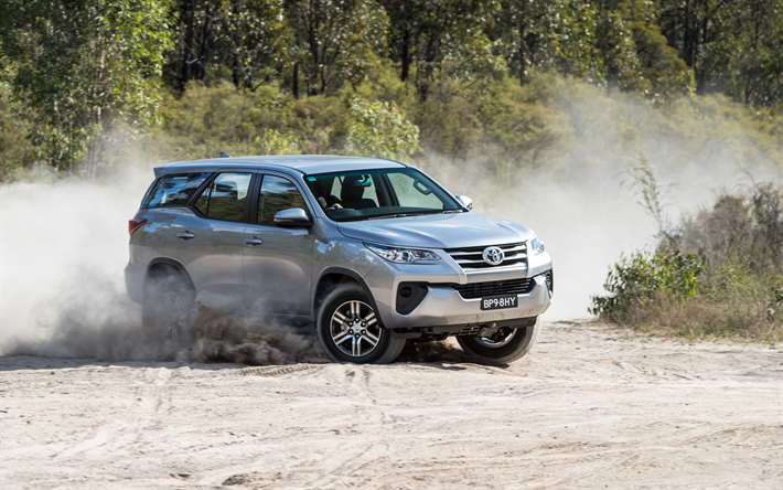 Download Wallpapers Toyota Fortuner Gx 2017 Suv Silver