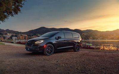 Chrysler Pacifica, 4k, minivans, 2020 cars, offroad, 2020 Chrysler Pacifica, american cars, Chrysler