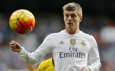 Real Madrid, 4k, Toni Kroos, football ball, La Liga, match