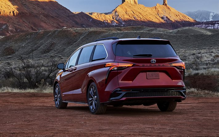 2021, Toyota Sienna, exterior, rear view, Sienna XSE, red minivan, new red Sienna, Japanese cars, Toyota
