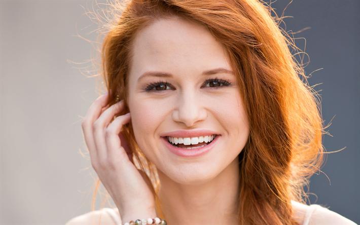 huge discount 00d1d 56379 Scarica sfondi Madelaine Petsch, attrice Americana, portrait ...