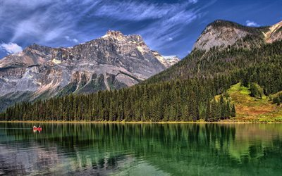 Emerald Lake, berg, skogen, Yoho National Park, British Columbia, Kanada