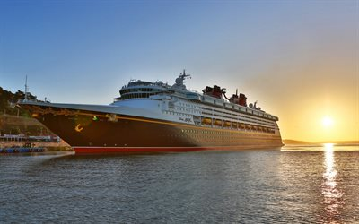 Disney Magic, risteilyalus, ylellinen iso corbal, sunset, meri, Disney Cruise Line