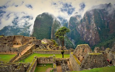 Machu Picchu, Inca citadel, ruins, mountain landscape, fog, Machupicchu District, Peru, Inca civilization