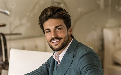 Mariano Di Vaio, portrait, italian actor, photoshoot, blue mens suit