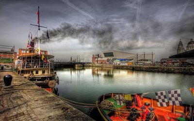 gloomy morning, docks, liverpool
