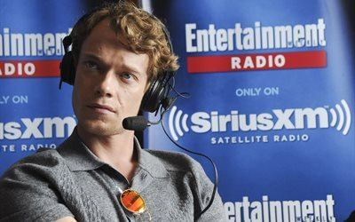 alfie allen, british actor, san diego, comic con, festival, game of thrones