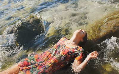 picture, yigal ozeri, american artist, hyperrealism, igal ozeri, oil