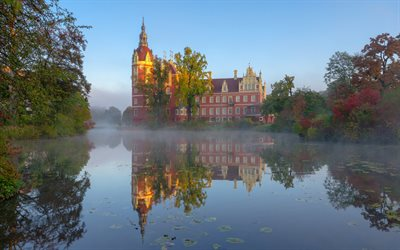 Schloss Muskau, Muskau Palace, Muskau Park, Lusatian Neisse River, morning, sunrise, beautiful castle, Germany