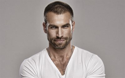 Rafael Amaya, mexican actor, portrait, photoshoot, smile, mexican star