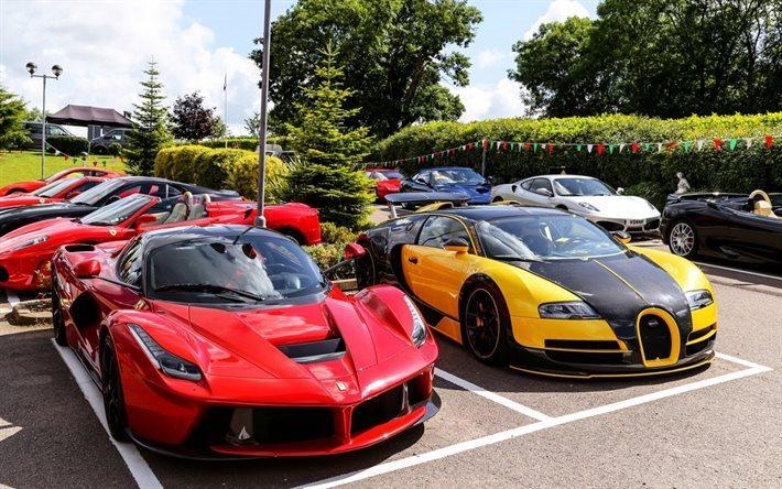 Download wallpapers Ferrari LaFerrari, Bugatti Veyron