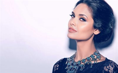 Esha Gupta, 4k, Indian actress, portrait, black evening dress, make-up, indian woman