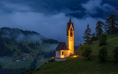 Chiesa di Santa Barbara, St Barbara Church, San Genesio, South Tyrol, Dolomites, evening, sunset, mountain landscape, Italy, mountains