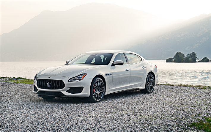 Maserati Quattroporte Gts >> Download Wallpapers Maserati Quattroporte Gts Gransport