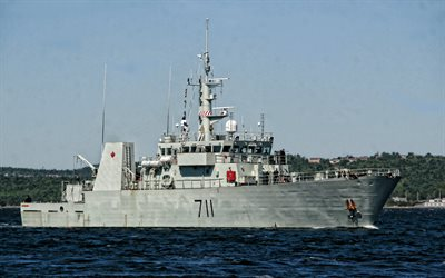 HMCS Summerside, canadian warship, Royal Canadian Navy, Kingston-class coastal defence vessel, Canadian Forces