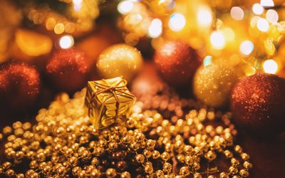 4k, golden gift box, golden christmas balls, bokeh, golden tinsel, Happy New Year, glare, christmas decorations, xmas balls, golden christmas backgrounds, new year concepts, Merry Christmas