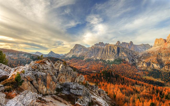 Scarica Sfondi Cinque Torri Autunno Montagna Paesaggio Foresta