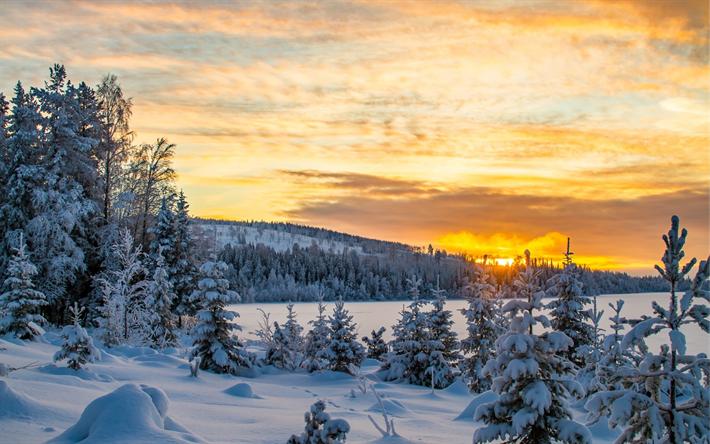 Scarica Sfondi Inverno Tramonto Paesaggio Di Montagna