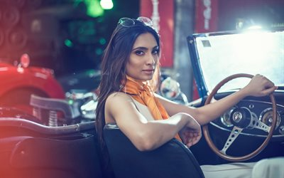Roshmitha Harimurthy, Indian fashion model, beautiful woman, Bollywood, woman behind the wheel, Miss Diva India Universe 2016, photoshoot