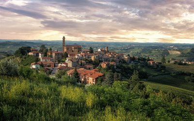 La Morra, Piedmont, evening, sunset, beautiful city, tourism, La Morra panorama, La Morra cityscape, Italy